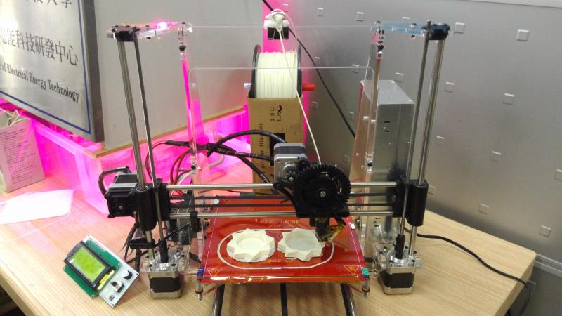 8OE1sample 3D 印表機 DIY 組裝及維修班
